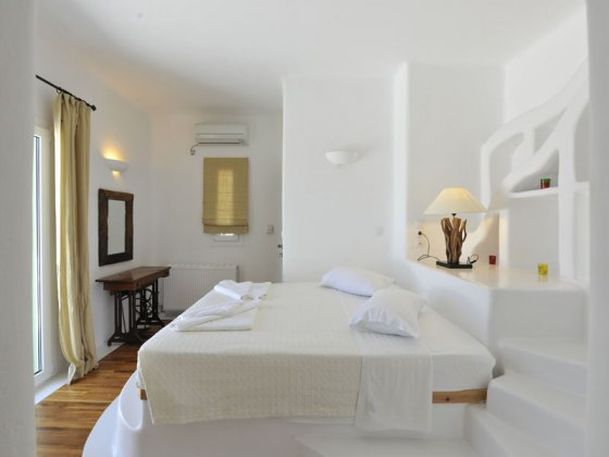 Photo n°67274 : luxury villa rental, Greece, CYCPAR 2601