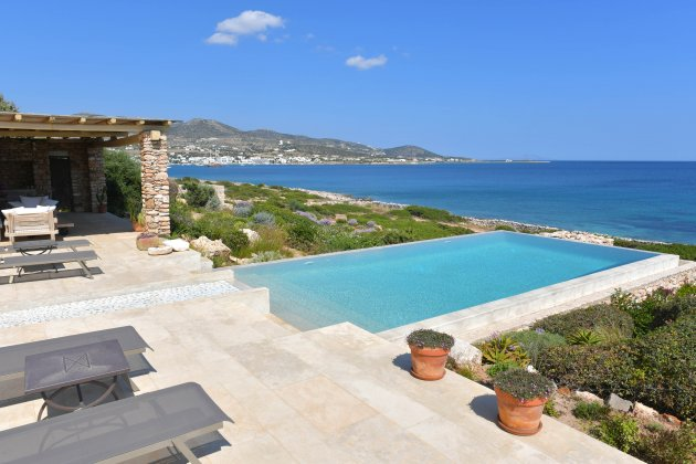 luxury villa rental, Greece, CYCPAR 5003