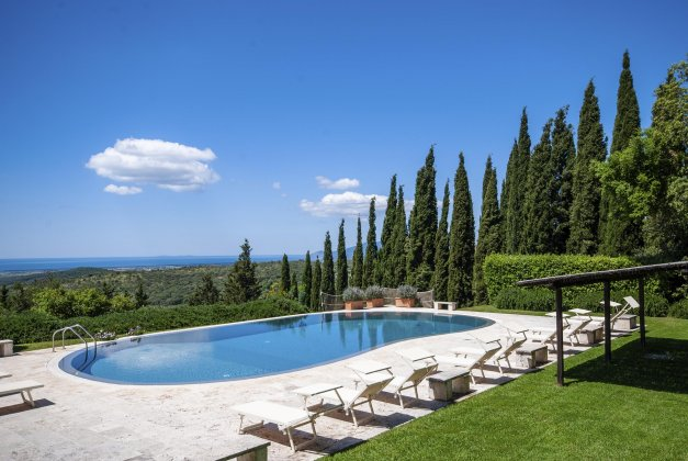 luxury villa rental, Italy, TOSCOT 2023