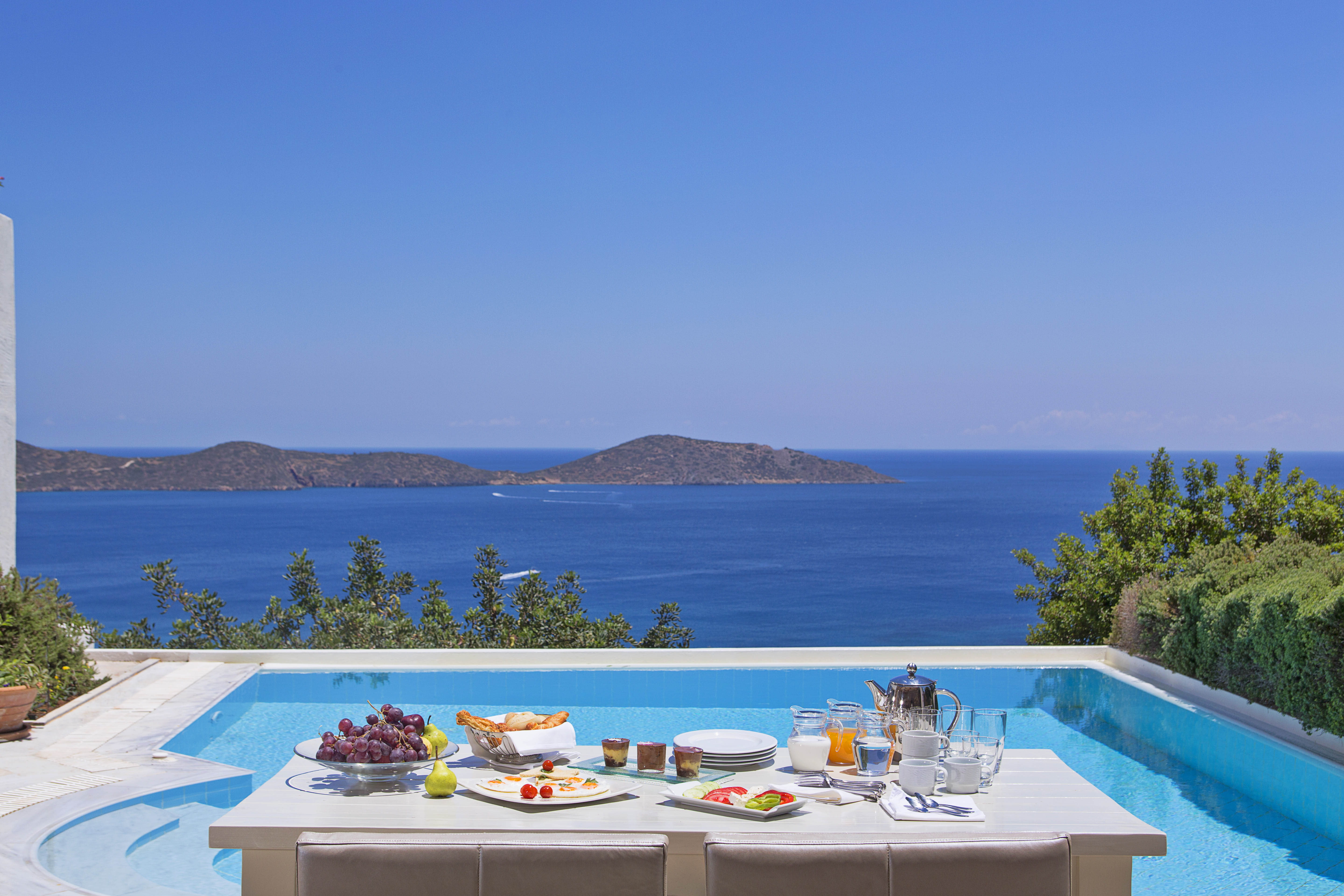 luxury villa rental, Greece, CREAGI 2005