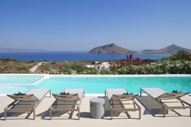 luxury villa rental, Greece, CYCPAR 4801