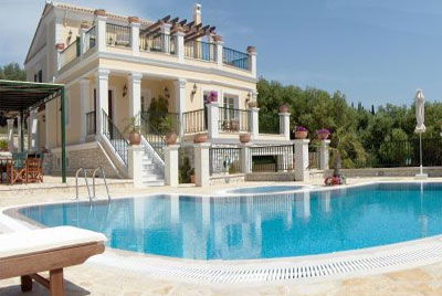 Ref ioncor3607 villa bord de mer louer 8 pers 4 ch corfou for Location maison luxe week end