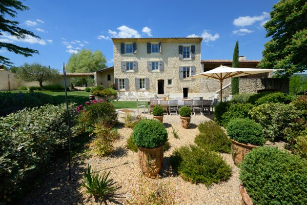Photo n°116133 : luxury villa rental, France, LUBAPT 225