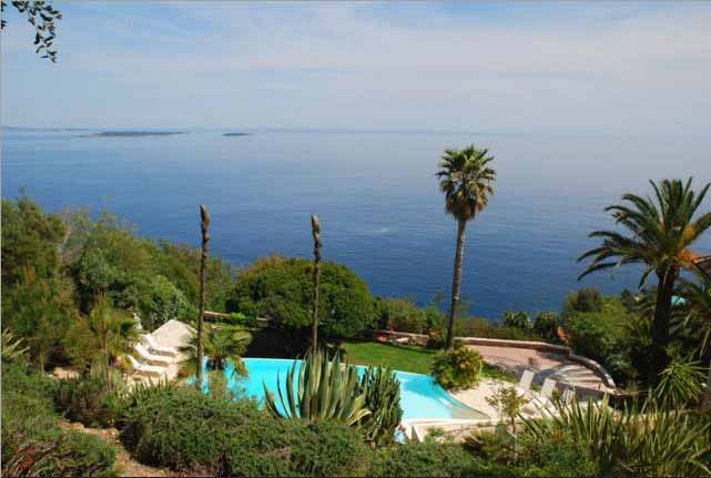 luxury villa rental, France, ALPTHE 0451