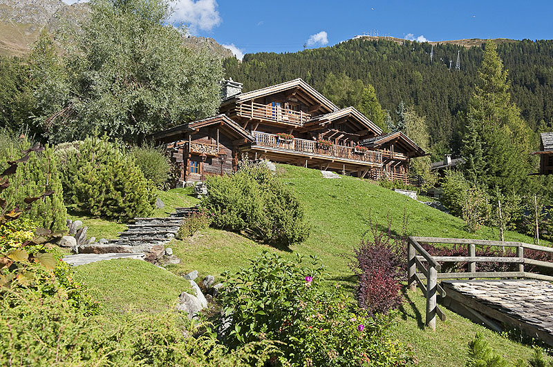 luxury villa rental, Switzerland, CHAVER 3810