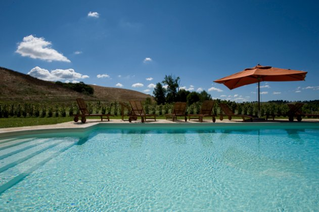 luxury villa rental, Italy, TOSTOS 2640