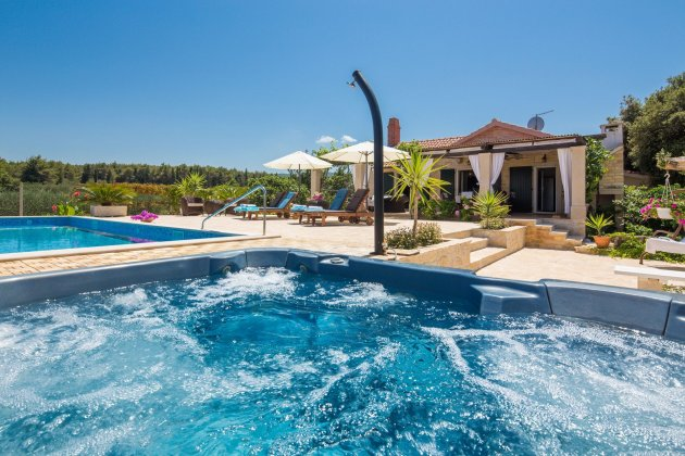 luxury villa rental, Croatia, CROBRA 316