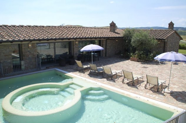 luxury villa rental, Italy, TOSTOS 7058