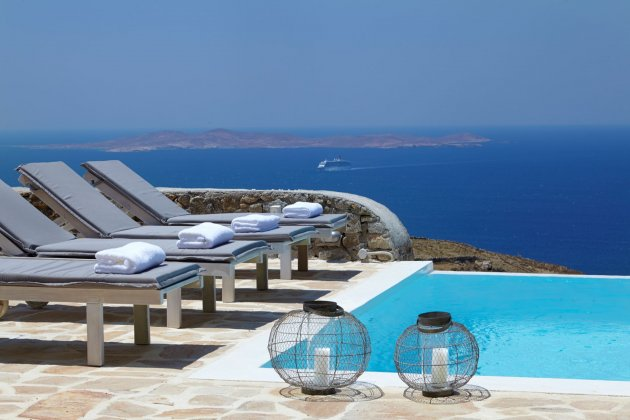 luxury villa rental, Greece, CYCMYK 1486