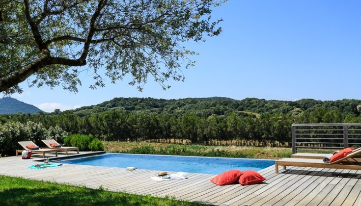 luxury villa rental, France, CORVEC 8120