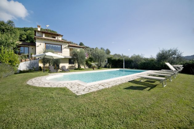 luxury villa rental, Italy, TOSLUC 10104
