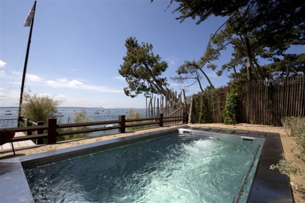 Photo n°105435 : location villa luxe, France, LANFER 036