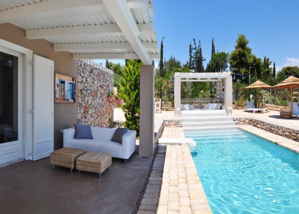 luxury villa rental, Greece, PELPOR 709