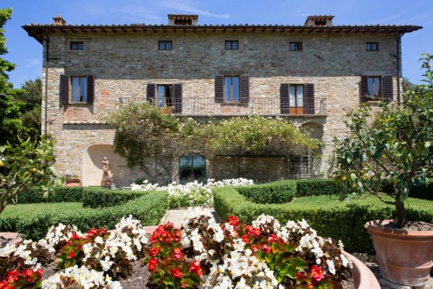 luxury villa rental, Italy, TOSCHI 2074