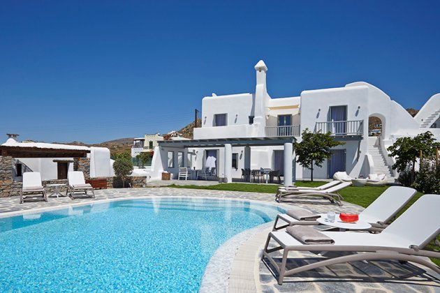 luxury villa rental, Greece, CYCNAX 8002N