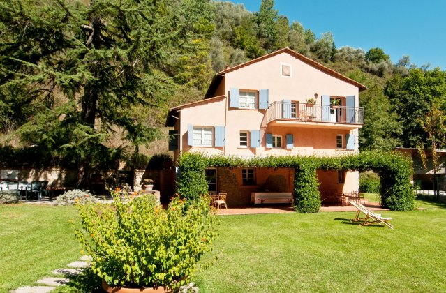 luxury villa rental, Italy, TOSLUC 1045