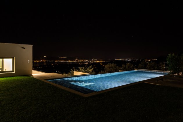 Photo n°118737 : luxury villa rental, France, VARGRI 3025
