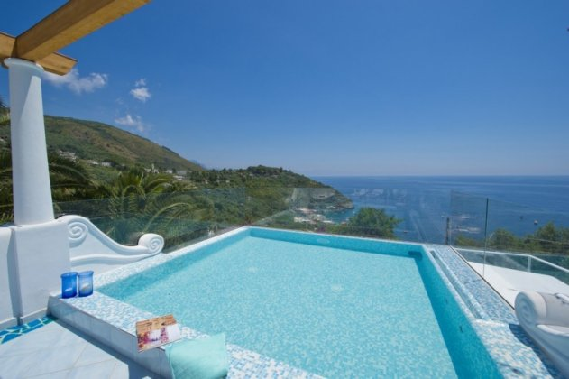 luxury villa rental, Italy, CAMAMA 2819