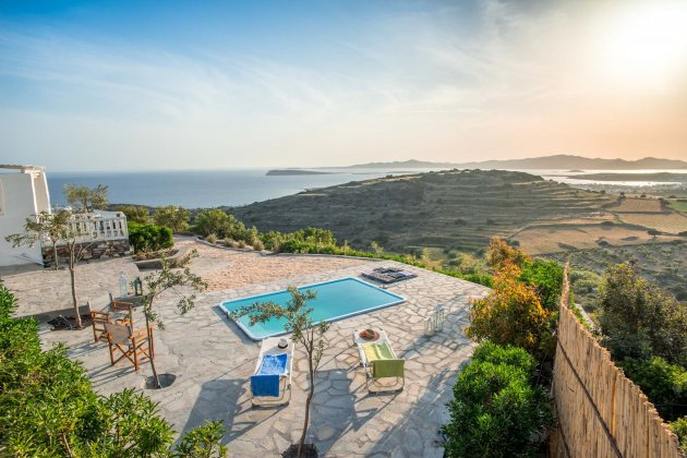 luxury villa rental, Greece, CYCPAR 420