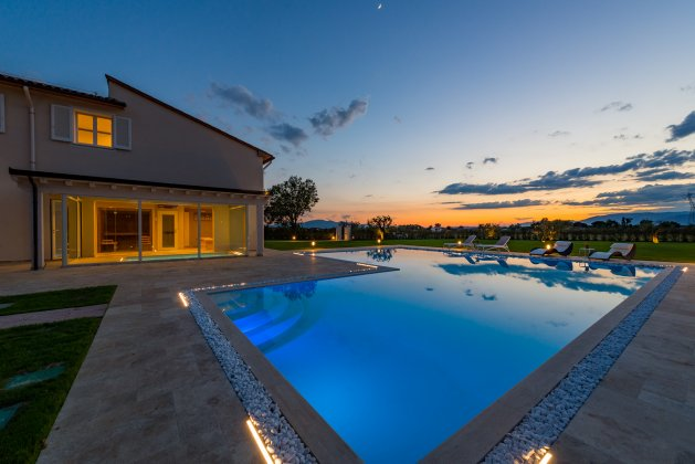 luxury villa rental, Italy, TOSTOS 3316