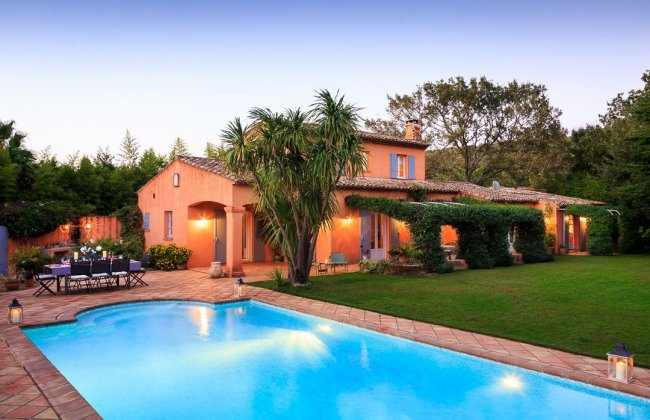 location villa luxe, France, VARGAS 81109
