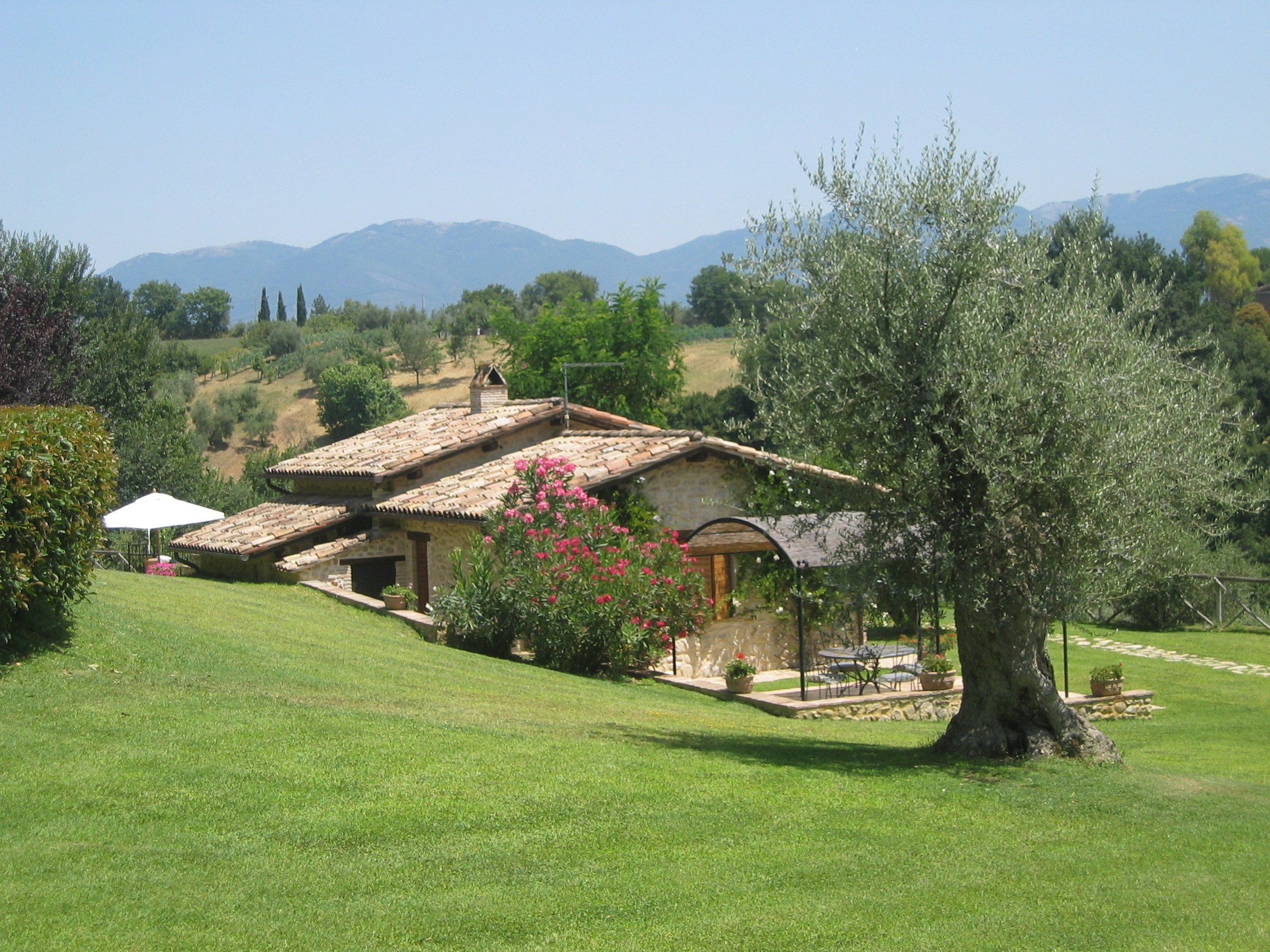 luxury villa rental, Italy, LATROM 021
