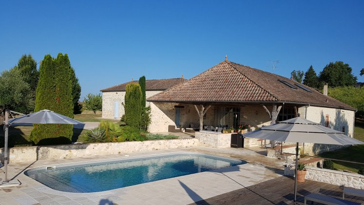 luxury villa rental, France, DORLOT 060