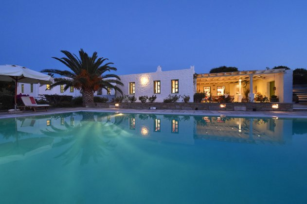 luxury villa rental, Greece, CYCPAR 10035