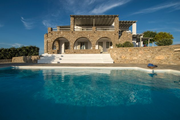 luxury villa rental, Greece, CYCPAR 4904
