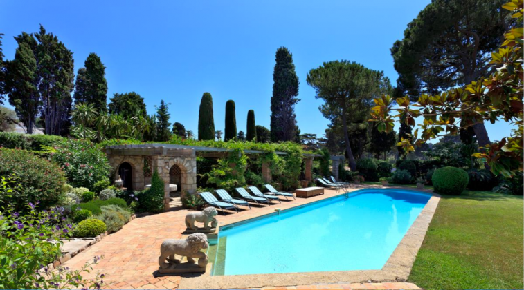 Photo n°148623 : location villa luxe, France, ALPCAB 502