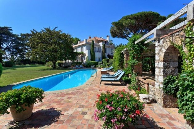 luxury villa rental, France, ALPCAB 137