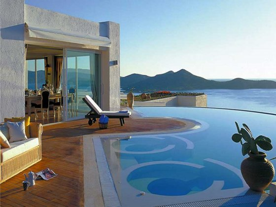 luxury villa rental, Greece, CREAGI 2001