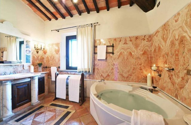 Photo n°102924 : luxury villa rental, Italy, TOSSIE 7041