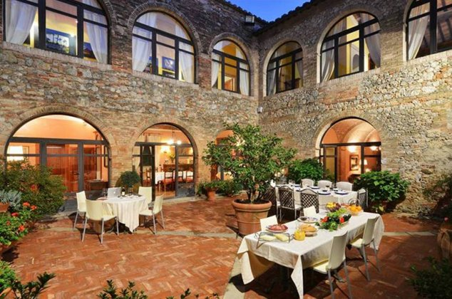 Photo n°102904 : luxury villa rental, Italy, TOSSIE 7041