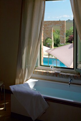 Photo n°40500 : luxury villa rental, Italy, TOSARE 7043
