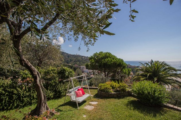 Photo n°92822 : location villa luxe, Italie, LIGRAP 3034