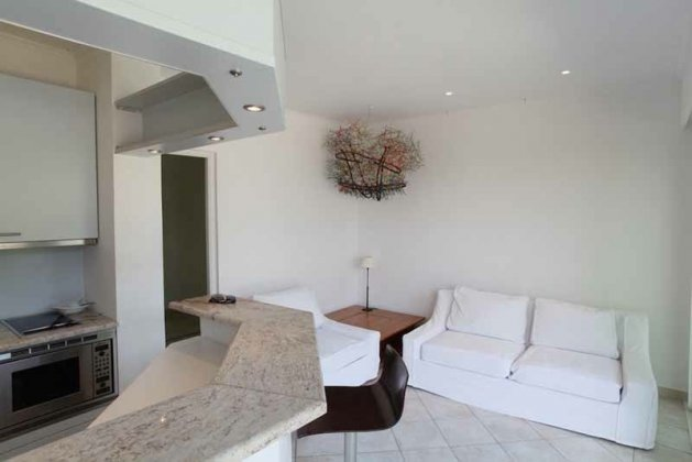 Photo n°43084 : luxury villa rental, France, VARTRO 005