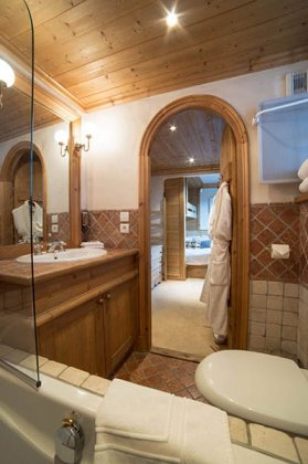 Photo n°95111 : luxury villa rental, France, CHACOU 004