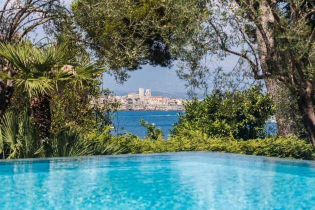 Photo n°170013 : luxury villa rental, France, ALPCAB 044