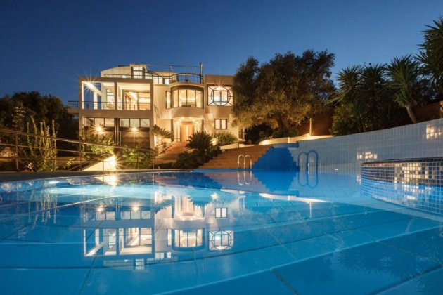 luxury villa rental, Greece, CRECHA 1901