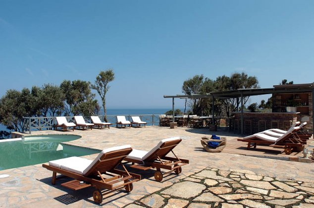 luxury villa rental, Greece, EGESAM 2410
